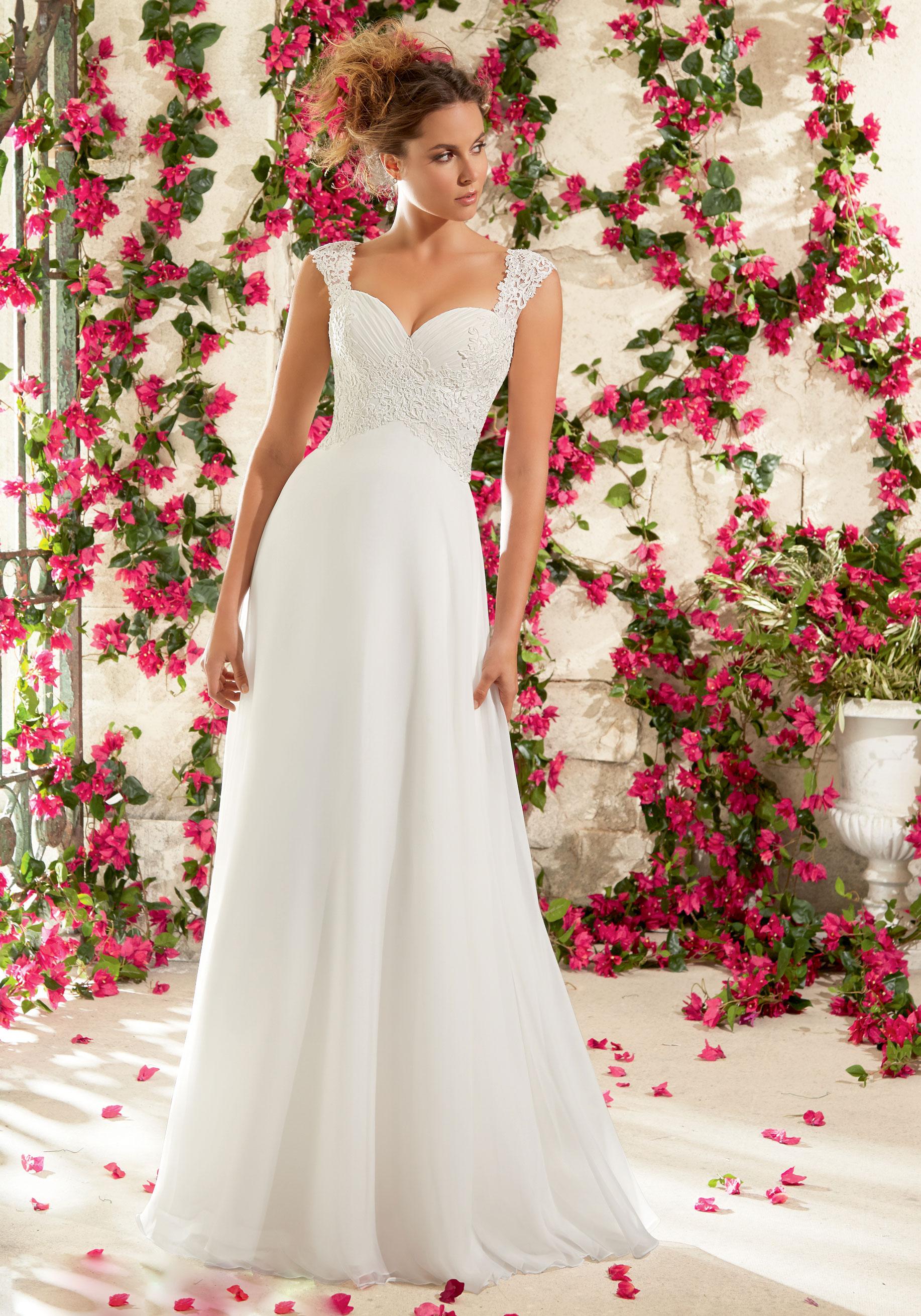 Brautkleid Regensburg, Brautmode Fachgeschäft, Brautkleider kaufen