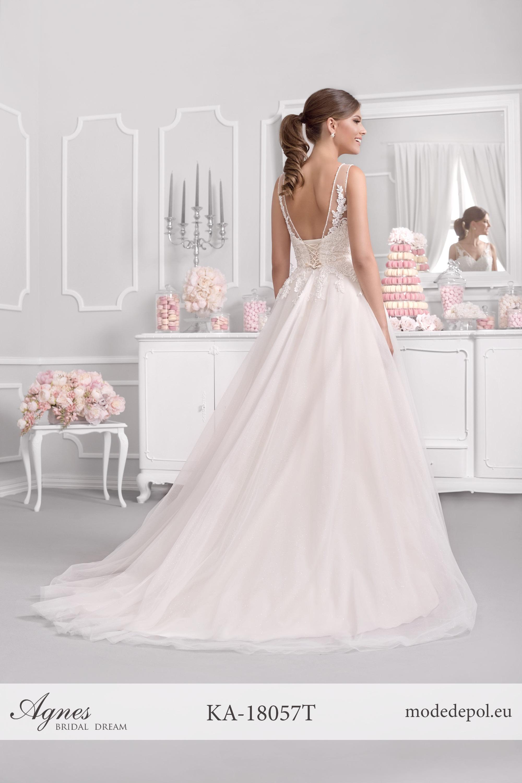 f9df5ab43afb0 Brautkleider Regensburg, Brautmode, Brautkleid kaufen, Hochzeitsanzug